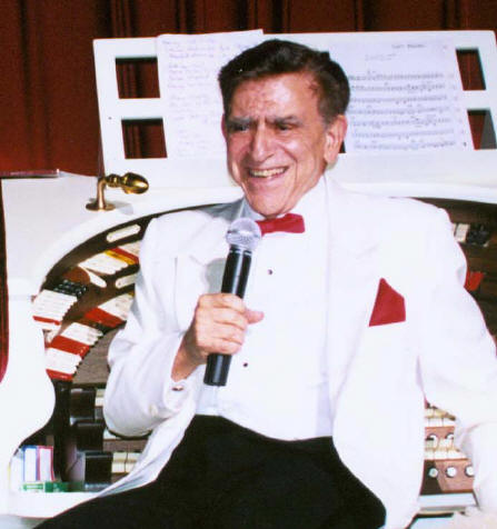Picture of Stan Kann at the Lincoln Theatre Organ Console